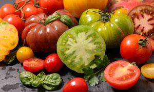 切开的西红柿近景特写摄影高清图片