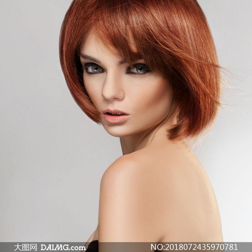 风吹到头发的女人美女v女人图片人物傲娇的图片高清短发图片