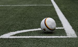 球场角球区的足球特写摄影高清图片