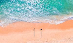 沙滩与海上的波浪鸟瞰摄影高清图片