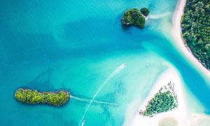 离海边不远的几座岛屿摄影高清图片