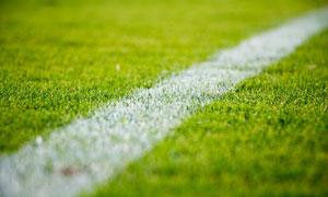 球场上的白色标线特写摄影高清图片