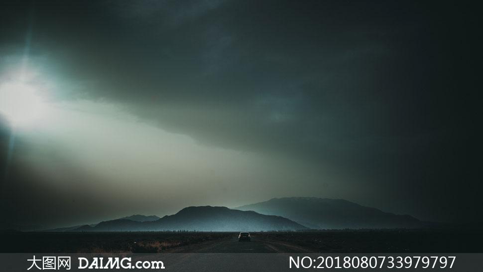 cc0; 关 键 词: 高高清摄影大图图片素材自然风景风光阳光逆光耀眼