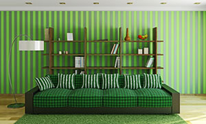 陈列架落地灯与绿色的沙发高清图片