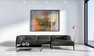 沙发落地灯与室内装饰挂画高清图片