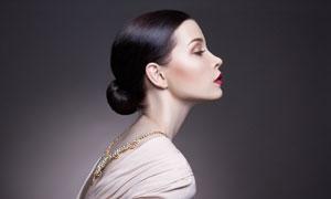 红唇盘发美女人像侧面摄影高清图片