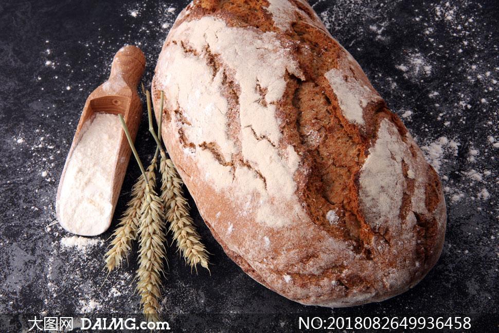 面粉麦穗与面包等特写摄影高清图片