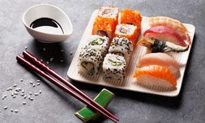 待品尝鉴赏的寿司特写摄影高清图片