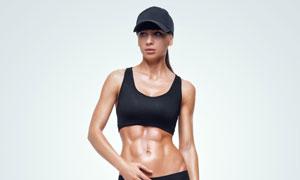 黑色运动服饰装扮肌肉美女高清图片