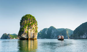 形状各异的山石岛屿等风光高清图片