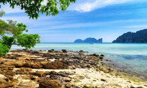 沙滩海天一色自然风光摄影高清图片
