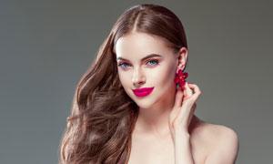 唇妆抹胸装扮美女人物摄影高清图片