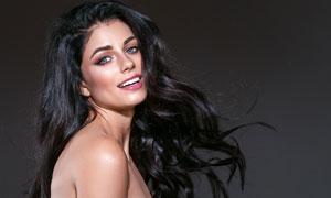 红唇黑色秀发美女侧面摄影高清图片