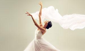 白色裙装的芭蕾舞美女摄影高清图片
