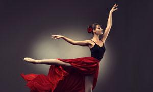 优雅姿势芭蕾舞者人物摄影高清图片
