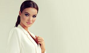 扎马尾的西装美女人物摄影高清图片