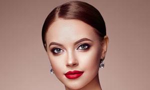盘发红唇浓妆打扮美女摄影高清图片