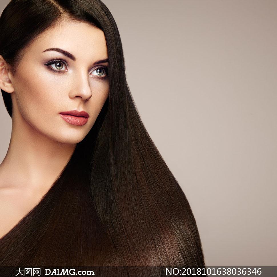 关 键 词: 高清图片大图图片摄影美女女人女性人物写真模特人像妆容美