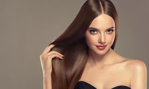 头发撩起来的美妆人物摄影高清图片