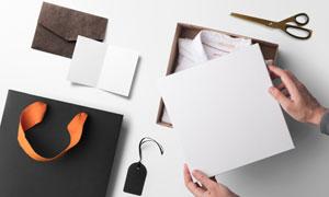 盛放衣服的包装盒图案应用贴图模板