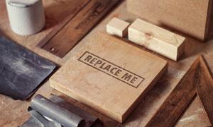 一块木板上的标志应用效果贴图模板