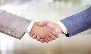 握在一起的手商务合作主题高清图片