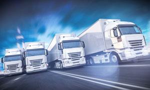 道路上的交通运输货车摄影高清图片