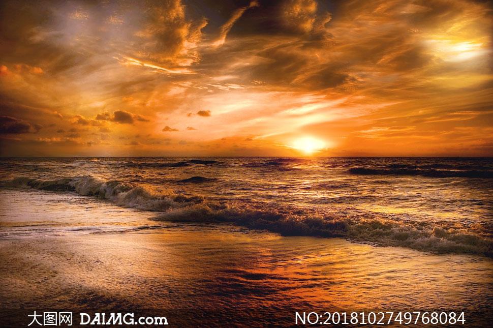 大图首页 高清图片 自然风景 > 素材信息          秋季蓝天白云红树