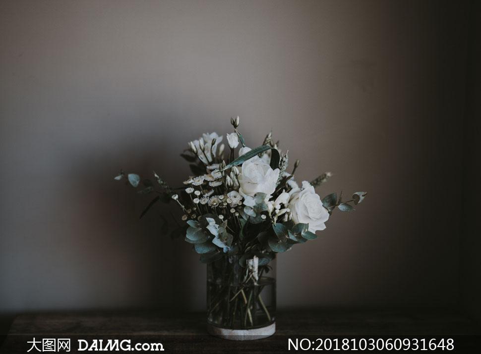 cc0; 关 键 词: 高清摄影大图图片素材近景特写微距花朵鲜花插花花瓶