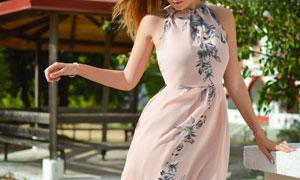 无袖绣花长裙美女人物摄影高清图片
