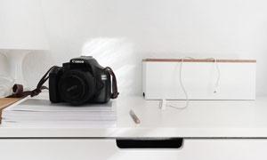 杂志书籍与照相机特写摄影高清图片