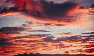 落日美丽的火烧云景观摄影图片