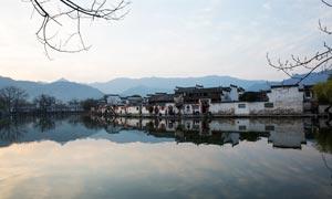 清晨美丽的宏村景观摄影图片
