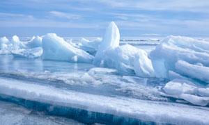 海面上破开的冰块风光摄影高清图片
