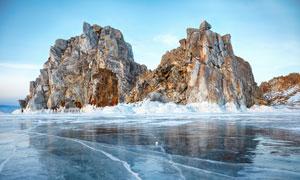 山峰与冰封的海面风景摄影高清图片