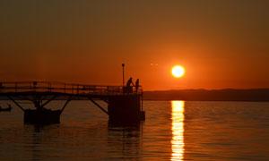夕阳西下落日余晖风光摄影高清图片