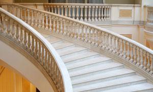 欧式建筑内的楼梯台阶摄影高清图片