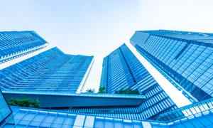 蓝色外墙的商务写字楼摄影高清图片