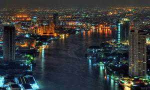河两岸的繁华城市夜景摄影高清图片