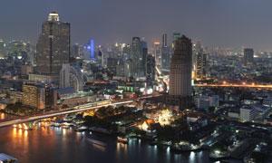 全景视角城市建筑夜景摄影高清图片