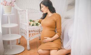 披肩黑發孕婦美女人物攝影高清圖片