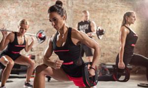 肌肉力量锻炼健身男女摄影高清图片