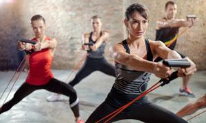 核心力量训练男女人物摄影高清图片