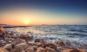 日出之时霞光海景自然摄影高清图片