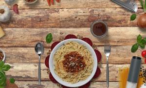 桌上的意大利面等食材元素样机模板