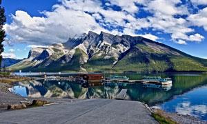 蓝天白云湖光山色风景主题高清图片