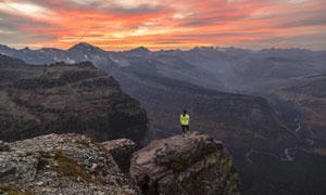 黄昏霞光群山自然风景摄影高清图片