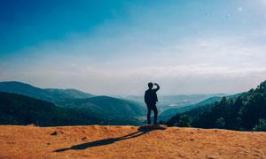 蓝天?#33258;?#32676;山景观风光摄影高清图片