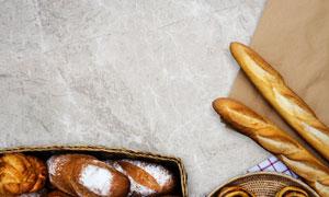 牛皮纸与面包烘焙食品摄影高清图片
