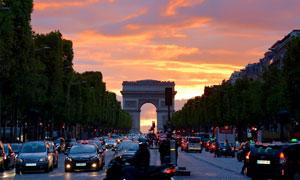 黄昏时分的法国凯旋门摄影高清图片